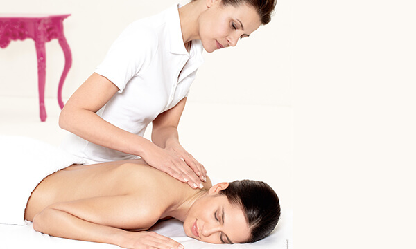Harmonizing Massage im Kosmetikstudio München